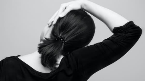 cervicalgie etirement cervicalgie chronique cervicalgie aigue cervicalgie traitement cervicalgie symptomes douleur au cou douleur cou epaule florent schoofs osteopathe paris 7